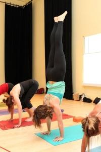 YFM-handstand