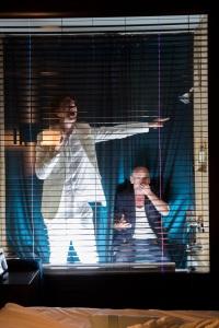 Emmanuel Schwartz et Peter James mis en scène par Frédérick Gravel et Catherine Vidal | 2050 Mansfield : rendez-vous à l'hôtel de La 2e Porte à Gauche à l'Hôtel Le Germain de Montréal | Programmation Hors les murs de l'Agora de la danse | Crédit photo : Claudia Chan Tak